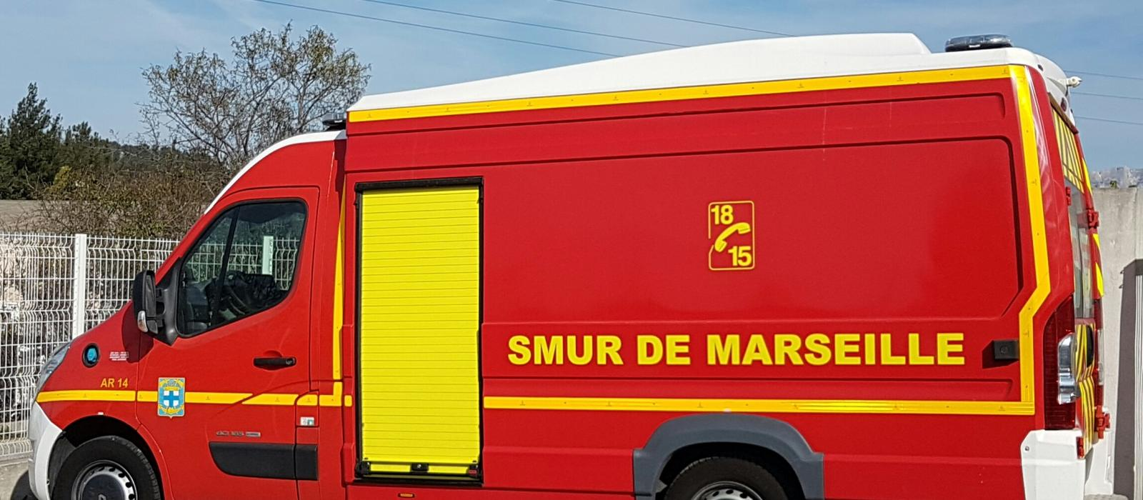 vehicule de pompier top vhicule avec sirne playmobil pompiers et aroport with vehicule de. Black Bedroom Furniture Sets. Home Design Ideas