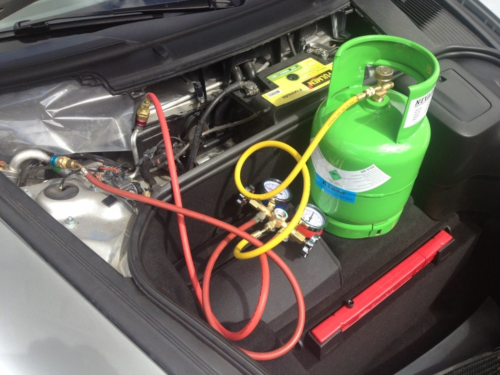 Gaz climatisation voiture